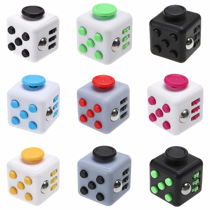 nouvel objet promotionnel le fidget cube