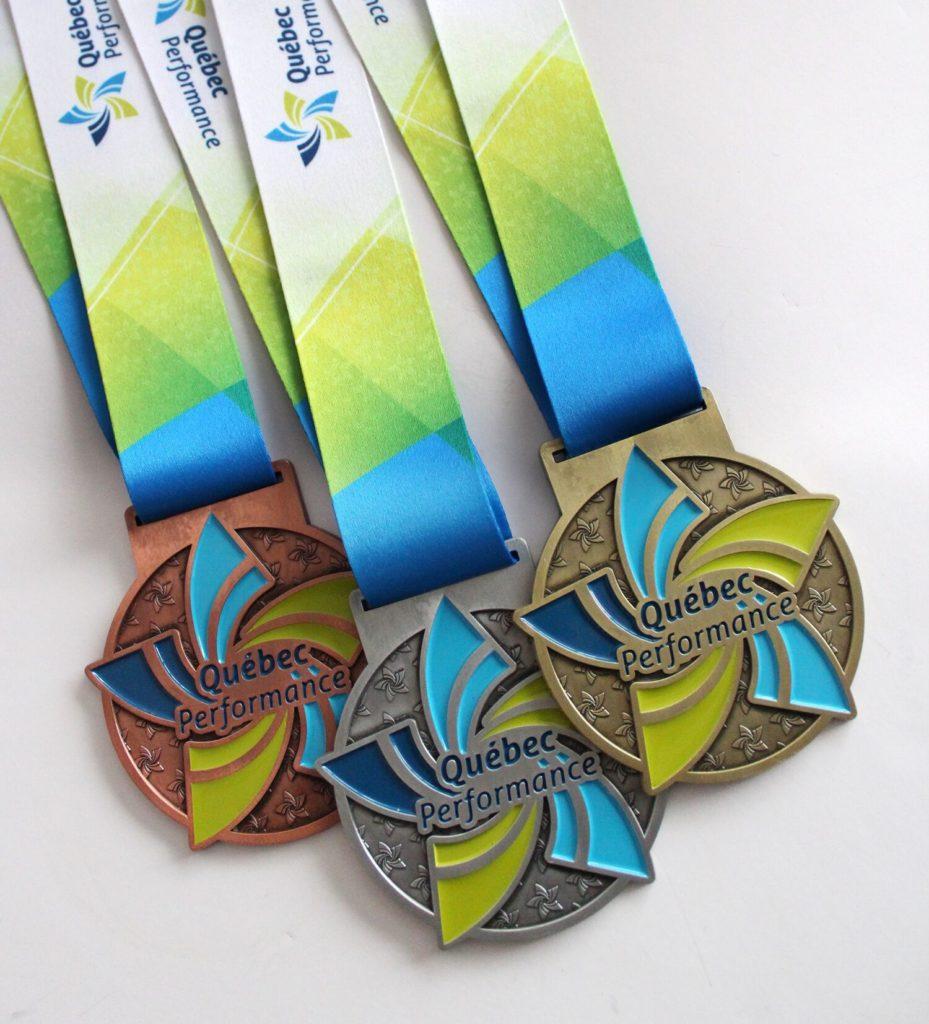 médailles compétition de gymnastique